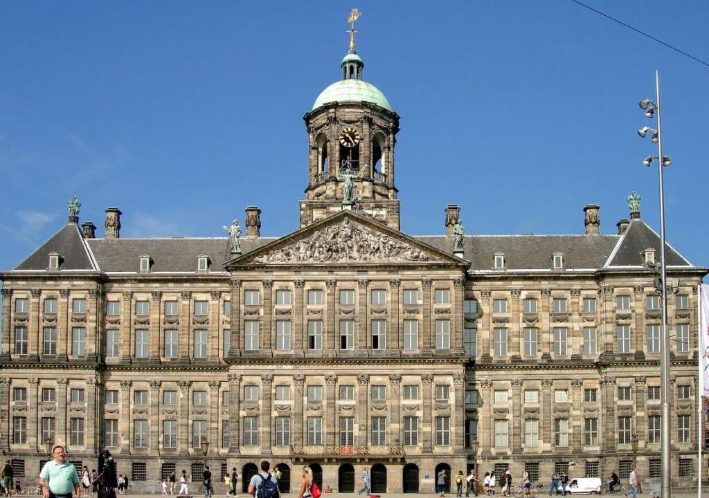 15 причин почему ваше путешествие должно иметь в списке город Амстердам
