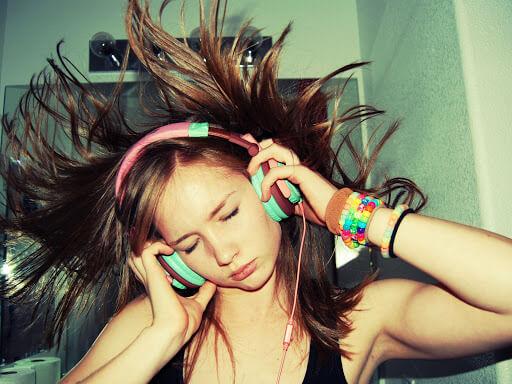 Чи викликають навушники втрату слуху?