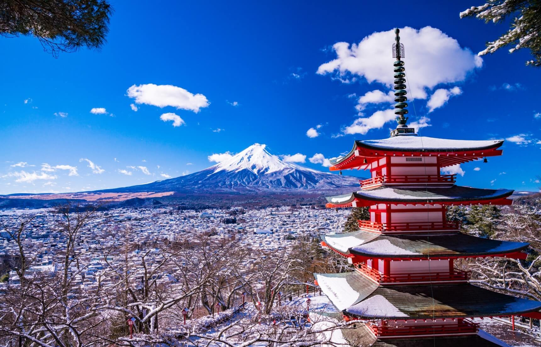 Зимові поради для відвідувань Японії