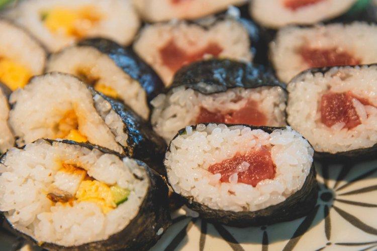 Суши Японія
